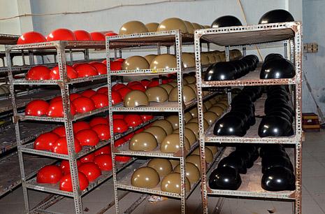 Xưởng sản xXưởng sản xuất mũ bảo hiểm ở Gò Vấpuất mũ bảo hiểm Gò Vấp